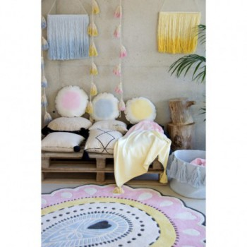Pom Pom Garland Tie-Dye Yellow