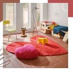 NOWOŚĆ! Bawełniany dywan Puffy w nowej odsłonie - w czerwonym kolorze!   ❤️ we współpracy z hiszpańską projektantką Agathą Ruiz de la Prada  ❤️ wspiera osoby walczące z rakiem, część zysków ze sprzedaży zostaje przekazana @fundacion_sandraibarra   ❤️ dywan i poduszka 2w1, idealny do pokoju dziecka, wykonany z naturalnej bawełny  Sprawdź na www.lorenacanals.pl i www.kidsconcept.pl 😍😍😍   #lorenacanals #lorenacanalsrugs #washablerugs #dywandoprania #dywanbawelniany #pokojdziecka #kidsroom #roominspiration #october #pinkoctober